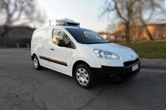 Peugeot Partner van bianco